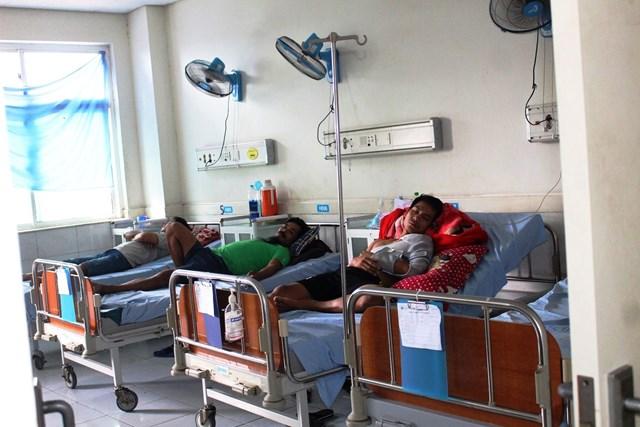 Những bệnh nhân đang được điều trị tại bệnh viện.