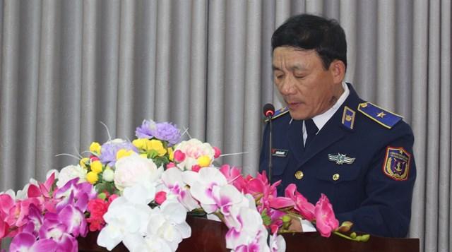 Thiếu tướng Doãn Bảo Quyết phát biểu buổi gặp mặt báo chí.