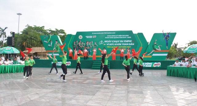 Quang cảnh buổi lễ phát động Ngày chạy Olympic vì sức khỏe toàn dân năm 2021.