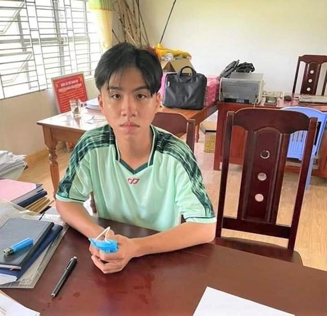 Nghi phạm Nguyễn Trung Tạ Bảo D. tại cơ quan điều tra.