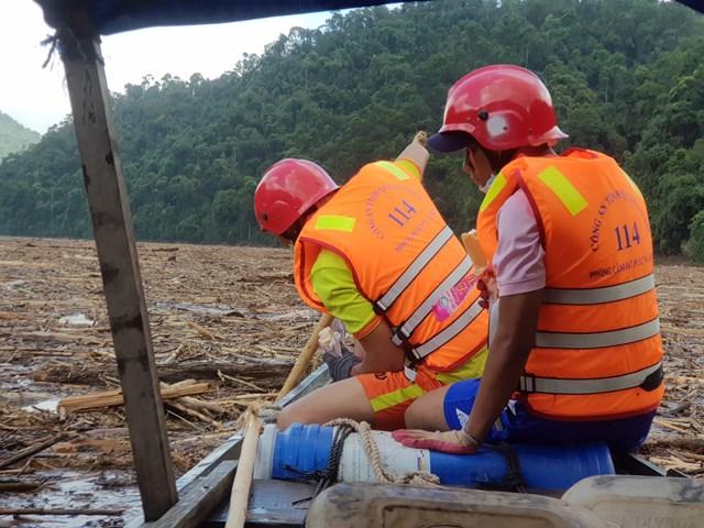 Dù lực lượng tìm kiếm rất tích cực những vẫn còn 14 nạn nhân chưa tìm thấy.