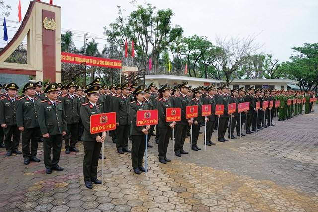 Hơn 600 cán bộ, chiến sĩ Công an tỉnh tham dự lễ ra quân.