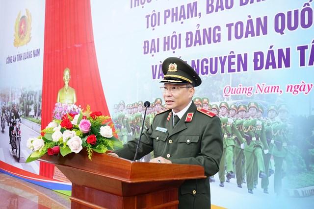 Thiếu tướng Nguyễn Đức Dũng, Giám đốc Công an tỉnh Quảng Nam tại buổi phát lệnh ra quân.