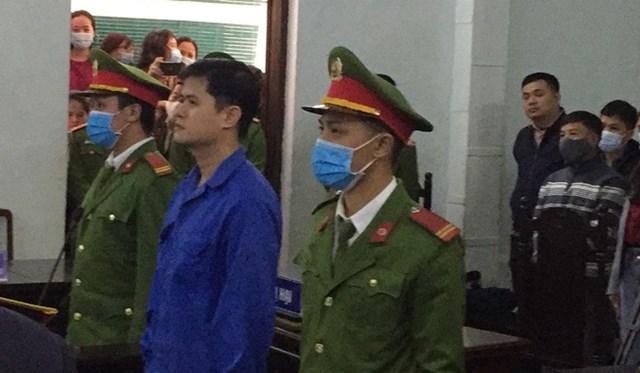 Bị cáo Lê Quang Huy Phương tại phiên tòa xét xử. Ảnh: Người Lao Động