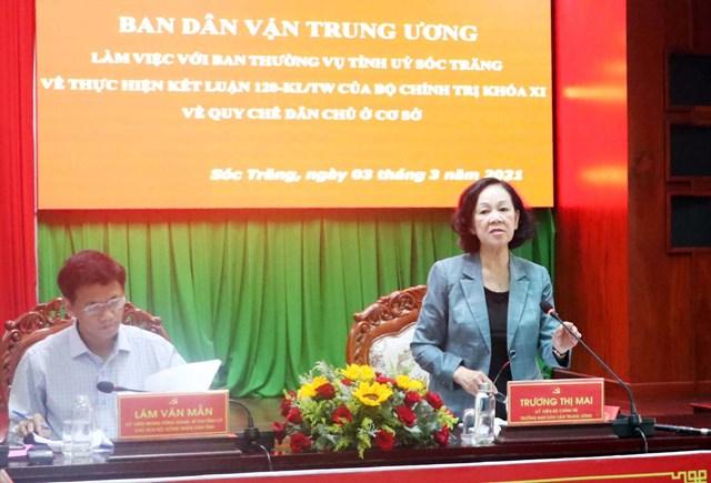 Bà Trương Thị Mai, Ủy viên Bộ Chính trị, Trưởng ban Dân vận Trung ương phát biểu tại buổi làm việc.