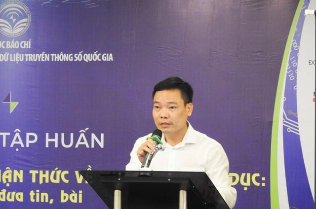 Ông Đặng Khắc Lợi, Phó Cục trưởng Cục báo chí (Bộ TT&TT), Giám đốc Trung tâm LCTTSQG phát biểu khai mạc khóa tập huấn. Ảnh Thanh Tùng