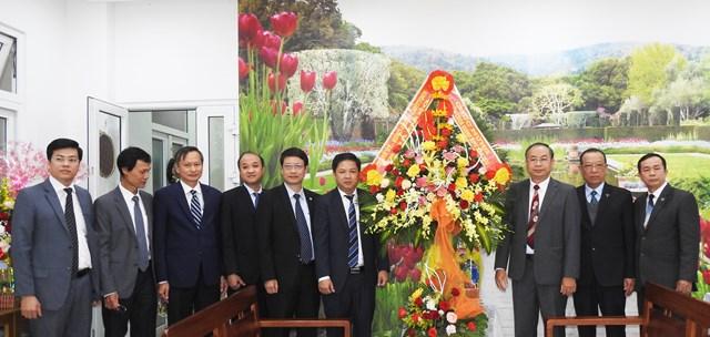 Lãnh đạo Thành ủy, HĐND, UBND, Ủy ban MTTQ Việt Nam TP Đà Nẵng, thăm, chúc mừng Ban đại diện Hội Thánh Tin lành Đà Nẵng Giáng sinh 2020. Ảnh Thanh Tùng