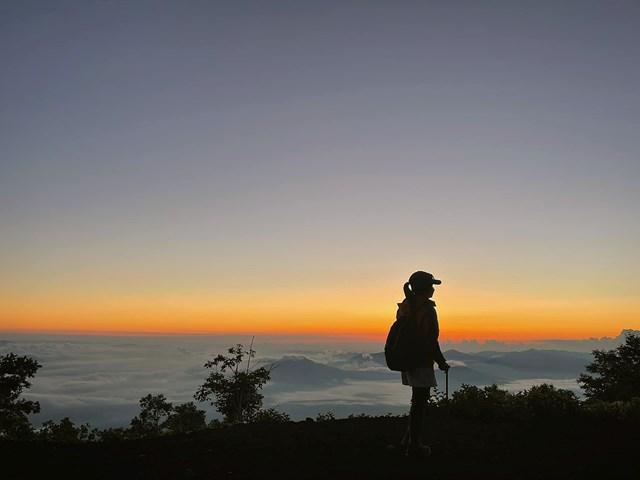 Ngày 25/7, Trang đặt xe tour đến núi Phú Sĩ từ Tokyo. Ảnh: NVCC.