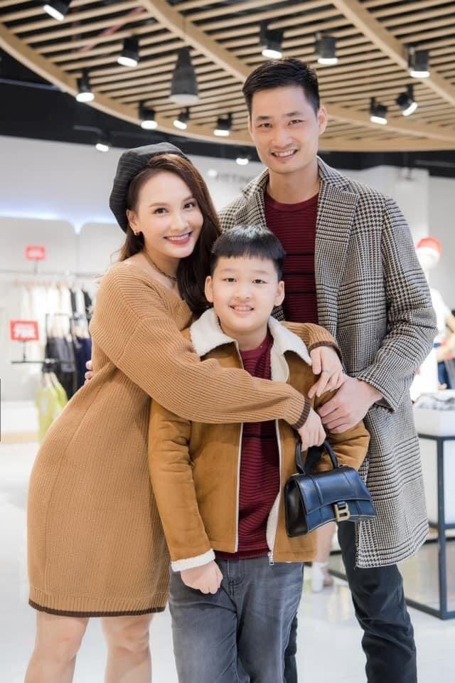 Bảo Thanh hạnh phúc với gia đình nhỏ khi sắp đón thêm một thành viên đáng yêu nữa.