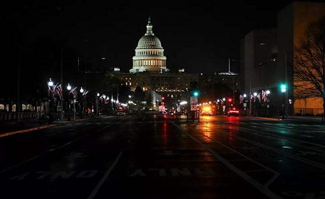 Đại lộ dẫn đến tòa nhà Quốc hội Mỹ ở Washington, DC.