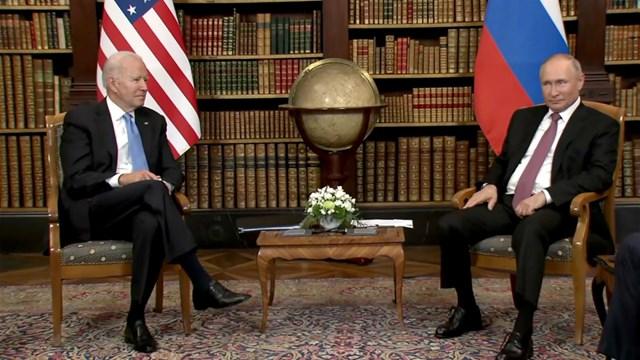 Tổng thống Mỹ Biden và Tổng thống Nga Putin tại Hội nghị thượng đỉnh Nga - Mỹ diễn ra tại Thụy Sỹ. Ảnh: Sputnik.