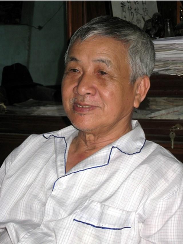 Nhà thơ Ngô Văn Phú.
