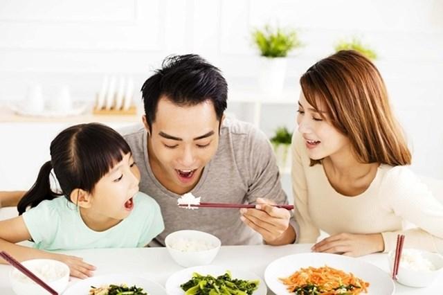 Bữa ăn hợp lý cho gia đình - Ảnh 1