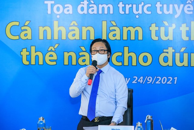 Nhà báo Lê Anh Đạt phát biểu tại Tọa đàm. Ảnh: Quang Vinh.