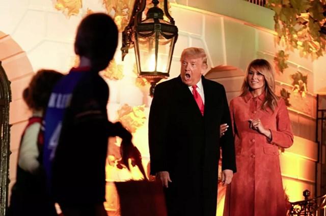 [ẢNH] Vợ chồng Tổng thống Trump mở tiệc Halloween tại Nhà Trắng - Ảnh 1
