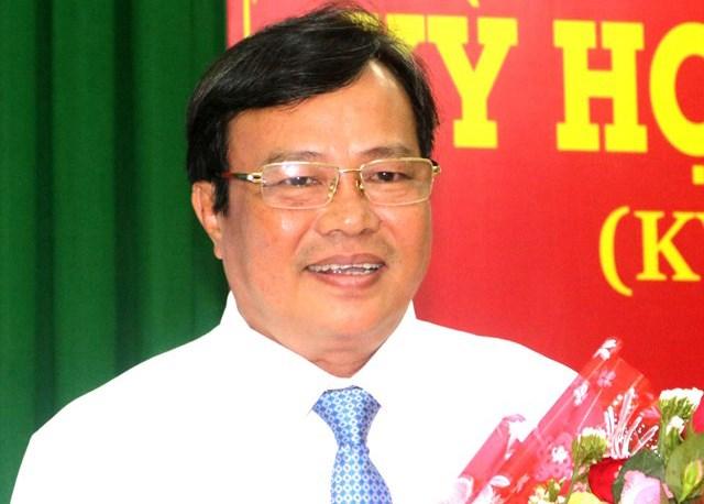 Ông Lê Văn Hẳn được bầu Chủ tịch UBND tỉnh Trà Vinh.