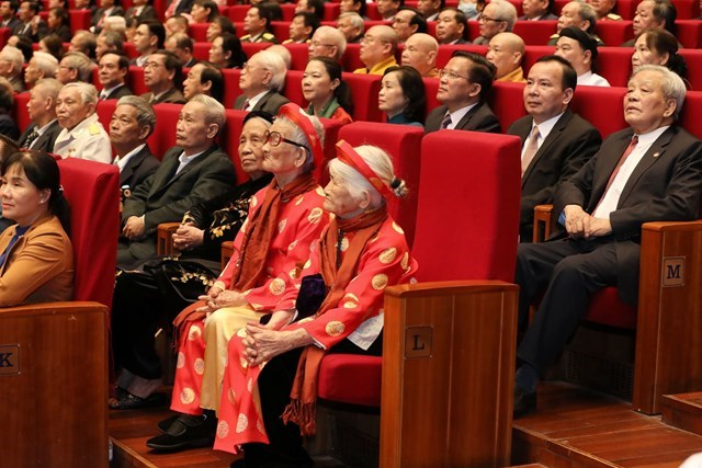 [ẢNH] Lễ kỷ niệm Ng&rgb(2, 2, 4);y truyền thống Mặt trận Tổ quốc Việt Nam - Ảnh 5