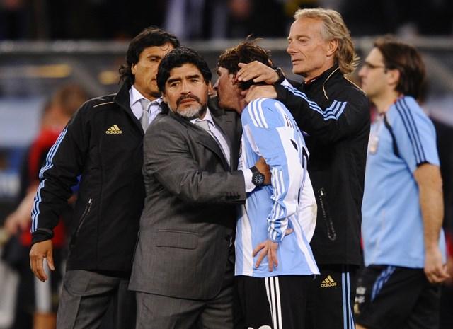 Maradona và Messi tạiWorld Cup 2010 ở Nam Phi.