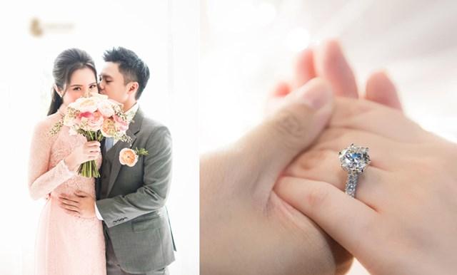 Ngày 24/11, thiếu gia Phan Thành đã bí mật tổ chức Lễ đính hôn với bạn gái Primmy Trương sau gần 3 năm hẹn hò. Trên trang cá nhân, Phan Thành ngầm xác nhận bằng một bức ảnh tay trong tay với cô dâu kèm chiếc nhẫn kim cương.