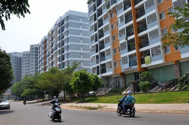 Nguồn cung khan hiếm nên các dự án căn hộ giá trung bình luôn có tỉ lệ lấp đầy cao mỗi khi mở bán Ảnh: Tấn Thạnh.