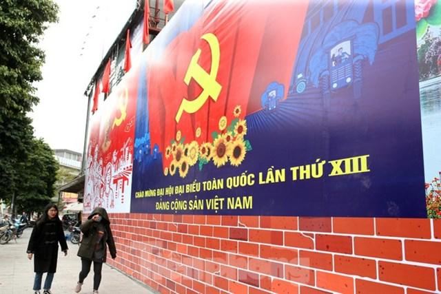 [ẢNH] Hà Nội chào mừng Đại hội Đảng - Ảnh 1