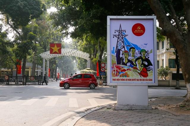 [ẢNH] Hà Nội chào mừng Đại hội Đảng - Ảnh 2