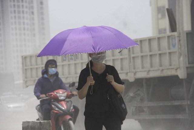 Ô nhiễm không khí tại các đô thị ngày một gia tăng.