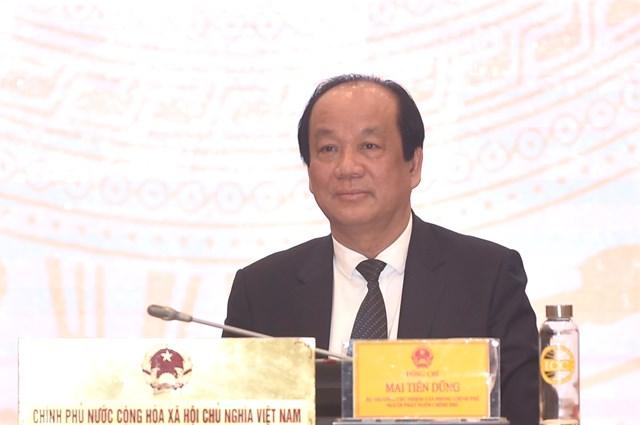 Bộ trưởng, Chủ nhiệm VPCP Mai Tiến Dũng trả lời câu hỏi của phóng viên. Ảnh: VGP/Nhật Bắc.