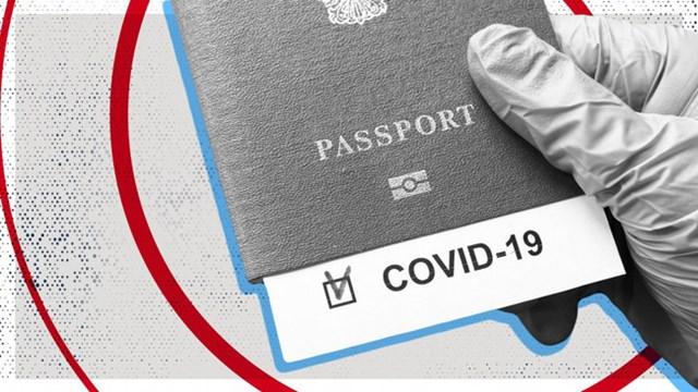 Mỹ sẽ không yêu cầu 'hộ chiếu vaccine' - Ảnh 1