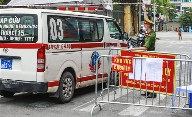 Khu vực cách ly y tế phường Văn Miếu, Văn Chương, quận Đống Đa. Ảnh: Quang Vinh.