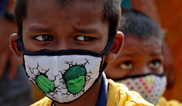 Những đứa trẻ trong đại dịch