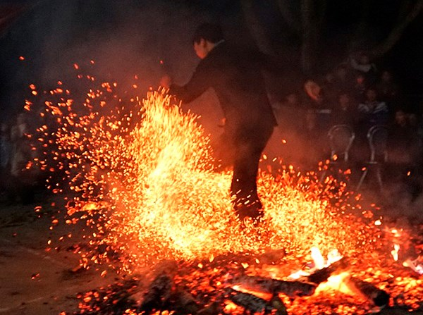 Lễ Nhảy lửa là Di sản văn hóa phi vật thể quốc gia - Ảnh 1