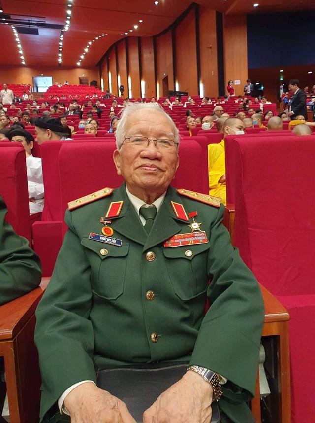 Trung tướng Khuất Duy Tiến.
