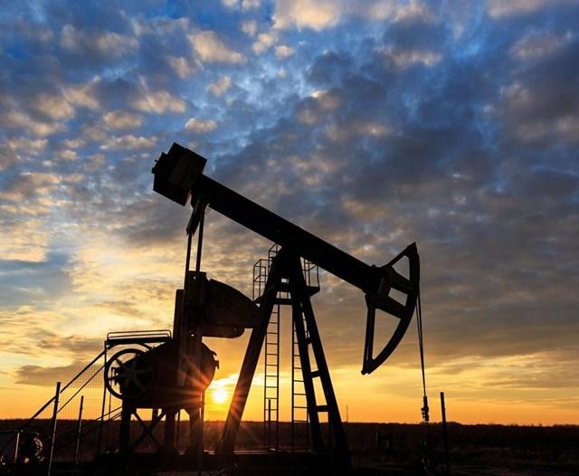 Các Tiểu vương quốc A Rập thống nhất (UAE) phát hiện mỏ dầu lớn ngay tại thủ đô Abu Dhabi - Ảnh 1