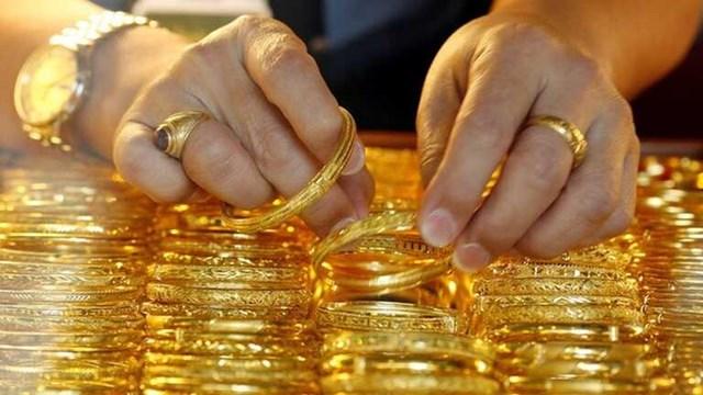 Thói quen tích trữ vàng của người dân là một trong những nguyên nhân làm gia tăng nhập lậu vàng.