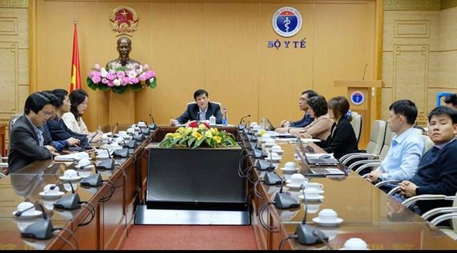 Bộ trưởng Bộ Y tế Nguyễn Thanh Long họp khẩn với các đơn vị liên quan, kết nối đầu cầu Sở Y tế TP HCM.
