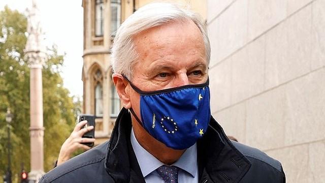 Trưởng đoàn đàm phán EU Michel Barnier đến London đàm phán thỏa thuận thương mại với Anh.
