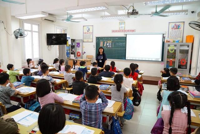 Giáo dục phải bắt nguồn từ tình thương đặc biệt với những học sinh. Ảnh: Quang vinh.