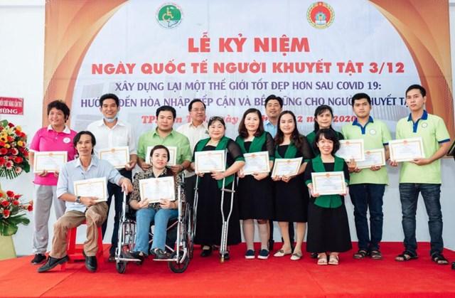 Hội NKT TP Cần Thơ tổ chức kỷ niệm ngày Quốc tế Người Khuyết tật 3/12.