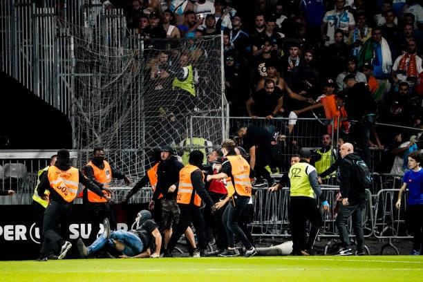 Khán giả giải Ligue 1 lần thứ 3 gây hỗn loạn từ khi Messi đến thi đấu - Ảnh 13