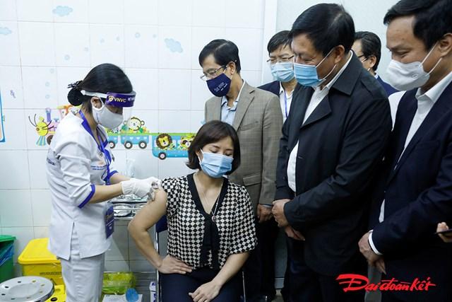 Những mũi tiêm vaccine phòng Covid-19 đầu tiên ở Hải Dương
