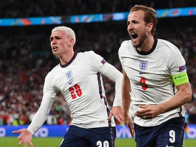 Lội ngược dòng 2-1, tuyển Anh lần đầu vào chung kết EURO - Ảnh 1