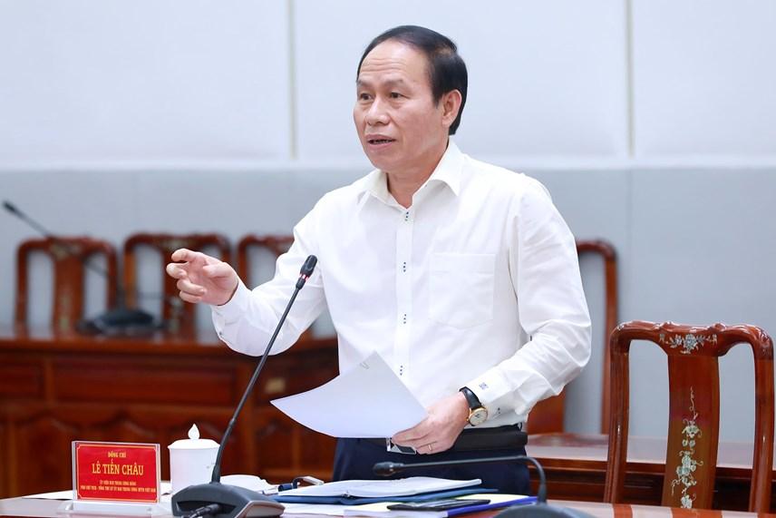 Phó Chủ tịch - Tổng Thư ký Lê Tiến Châu phát biểu tại cuộc họp.
