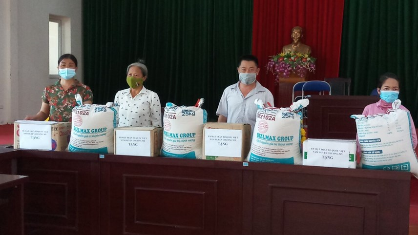 Hà Nội: Hỗ trợ khẩn cấp 100% hộ nghèo ảnh hưởng bởi Covid-19 - Ảnh 1
