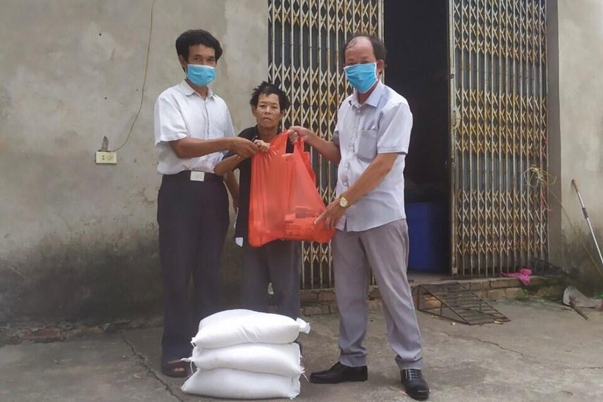 Hà Nội: Hỗ trợ khẩn cấp 100% hộ nghèo ảnh hưởng bởi Covid-19 - Ảnh 6