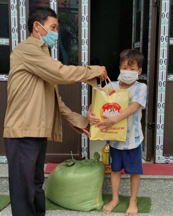 Hà Nội: Hỗ trợ khẩn cấp 100% hộ nghèo ảnh hưởng bởi Covid-19 - Ảnh 3
