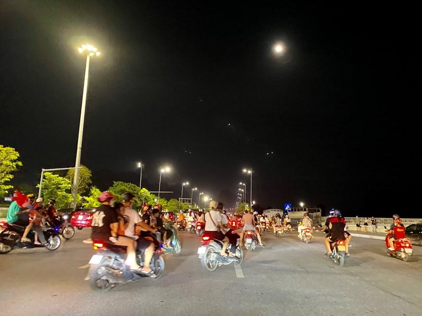 TP Hạ Long: Người dân 'vùng xanh' hồ hởi đón tết Trung thu  - Ảnh 2