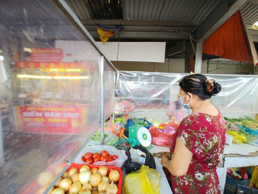 Các chợ truyền thống của TP HCM đang hoạt động hầu hết là chợ ở ngoại thành