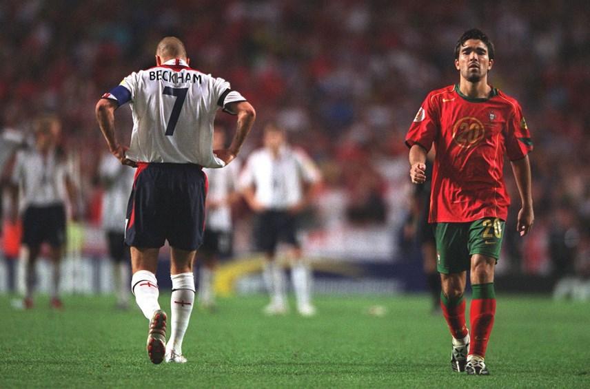 David Beckham có một kỷ niệm đáng buồn tại Euro 2004 khi sút hỏng quả Penalty khiến Đội tuyển Anh thất bại trước Bồ Đào Nha ở Tứ kết.