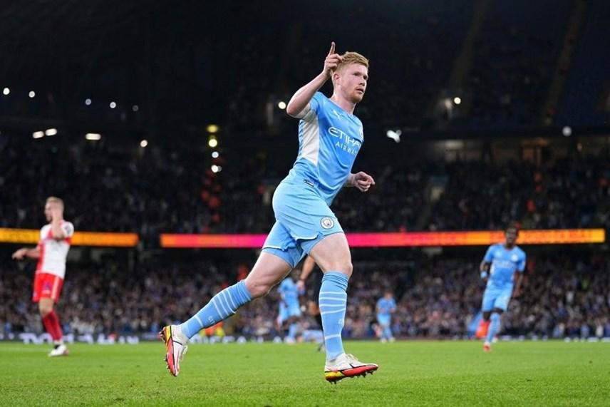 Kevin De Bruyne mở màn cho chiến thắng 6-1 của Man City.